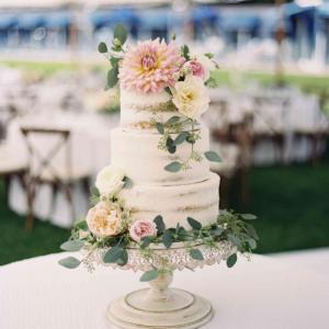flowers on cakes
